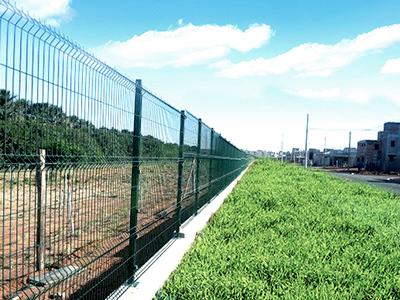 Gradil em aço galvanizado, instalação de gradil em campinas, gradil para construção civil, gradil para indústria, gradil preço, gradil orçamento